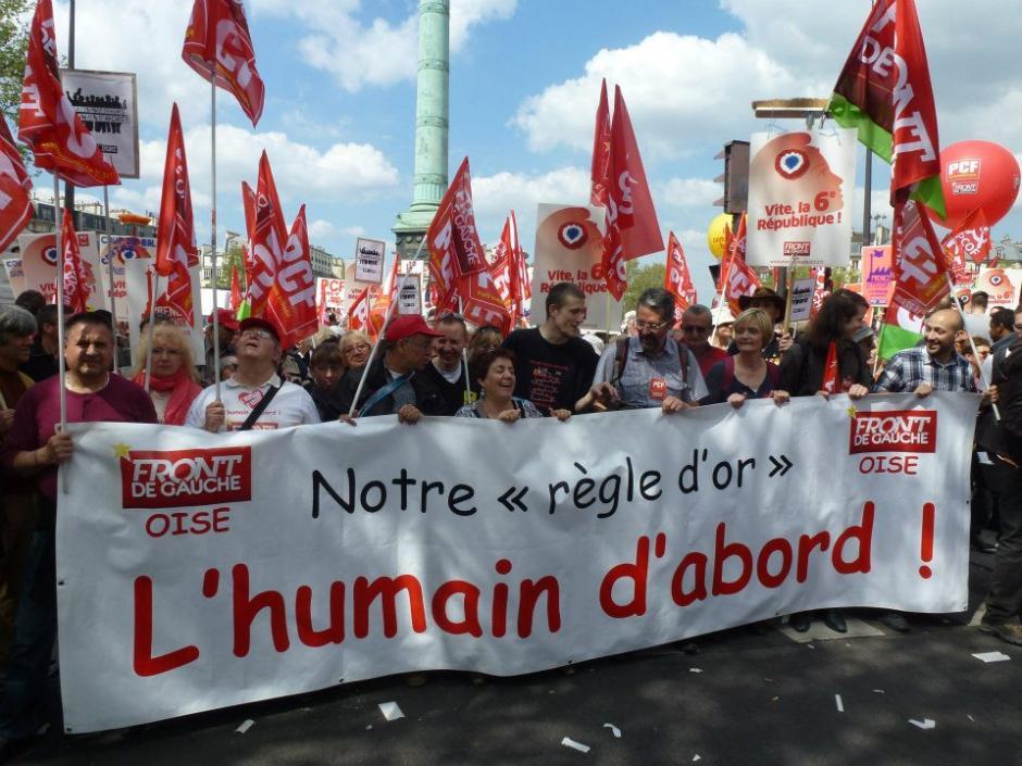 La section dans la marche pour la VIe république du 5 mai, lire la suite...